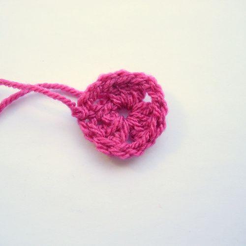Crochet granny bunting 002