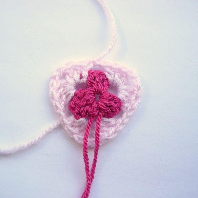 Crochet granny bunting 003